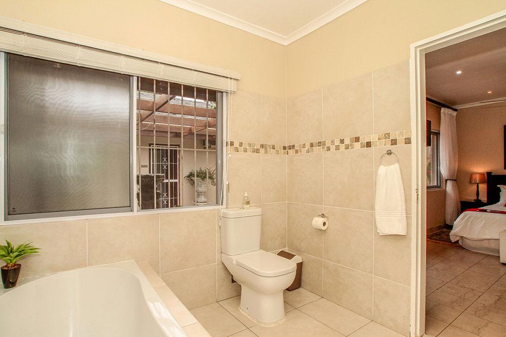 Creative  Mirrors Wall Mirrors Durban Wall Mirror Rectangular In Silver